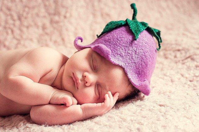 newborn 1328454 640